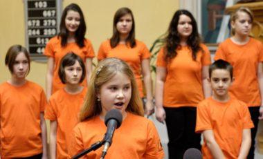 Na nedostatek šikovných a zpívajících dětí si nestěžuji, říká Věra Hrdinková